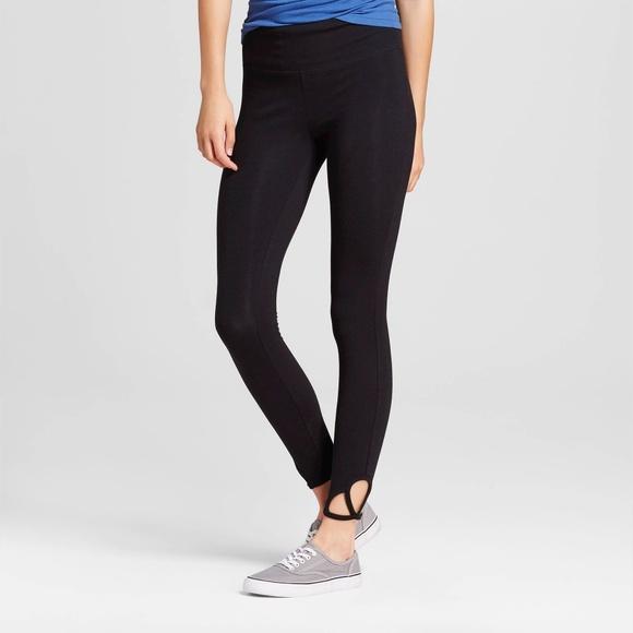 3e155ce9de Mossimo Supply Co. Pants | Winter Womens Crop Leggings With Clover ...